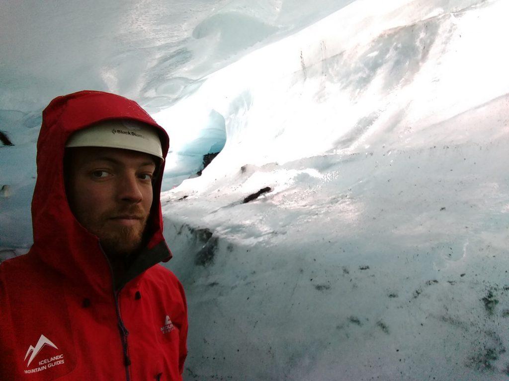 Glacier guiding (Iceland)